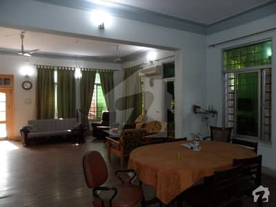 Double Story house on 40 Road Front 55 5Beds House for SALE