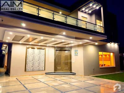 Luxury 1 Kanal High Quality House For Sale