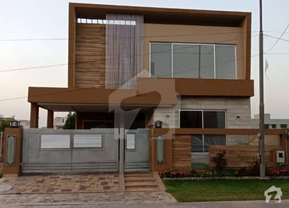 Modern 10 Marla Brand New Luxury House For Sale