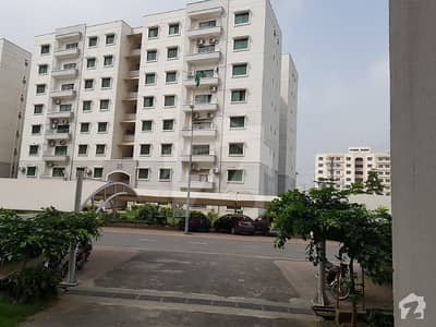 10 Marla 3 Beds Flat For Sale ground flore Askari 11 Cheapest Rate Askari 11 Askari Lahore Punjab