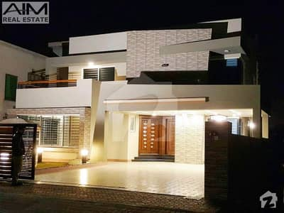 Luxury 1 Kanal House With Large Lawn