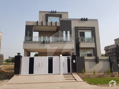 10 Marla house FOR SALES brand new