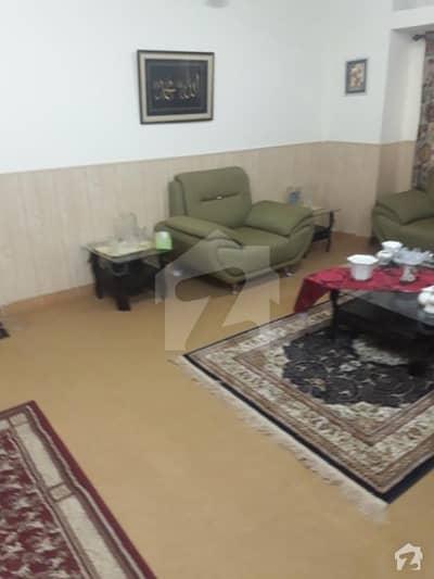 10 Marla Double Portion House In Habibullah Colony