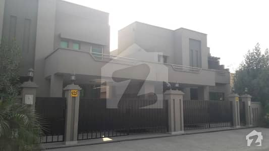 Askari 11  Sector B  10 Marla 3 Bed Luxury House For Rent With Gas
