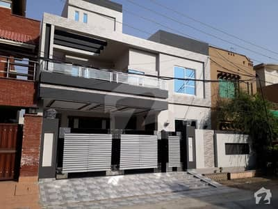 10 Marla BN Gorgeous Bungallow for sale in Wapda Town