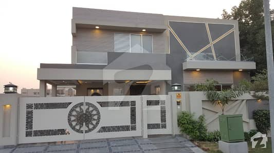 DHA House Leaders offers 1kanal Brand new owner build house in DHA Lahore