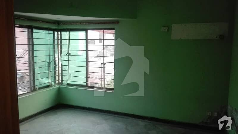 Portion Available For Rent Gulberg Firdous Market