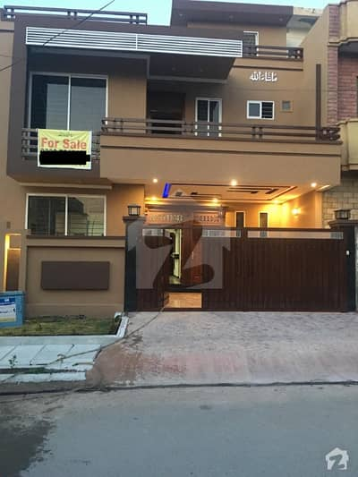 7 Marla House Is Available For Sale In Jinnah Garden