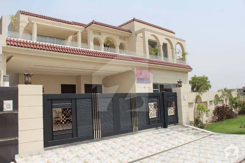 1 Kanal Brand New Luxury Bungalow At Prime Location In State Life
