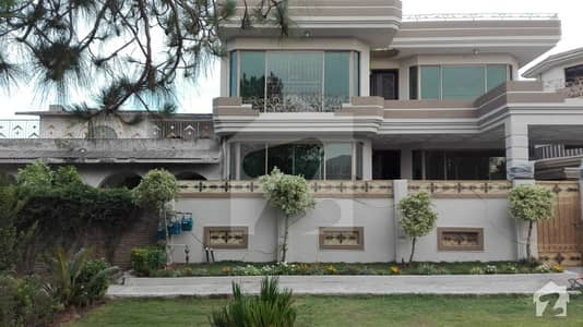 F-10 633 Sq Yard House For Rent 9 Bed Rooms With Attached Stylish Bath Rooms