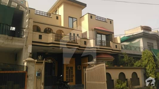Nice Condition Beautiful 10 Marla Double Unit House In Marghzar Officers Colony - Block C