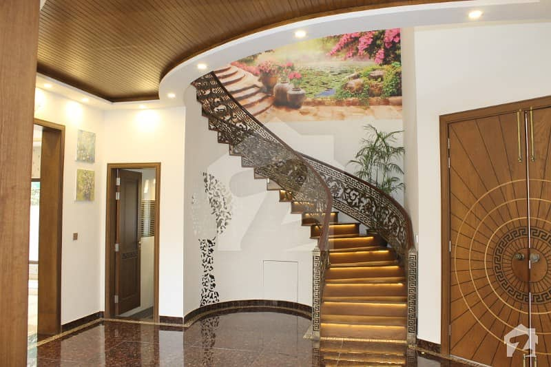 1 Kanal Luxury House Muzhar Munir Design For Sale