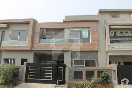 5 Marla Brand New Luxury House For Sale