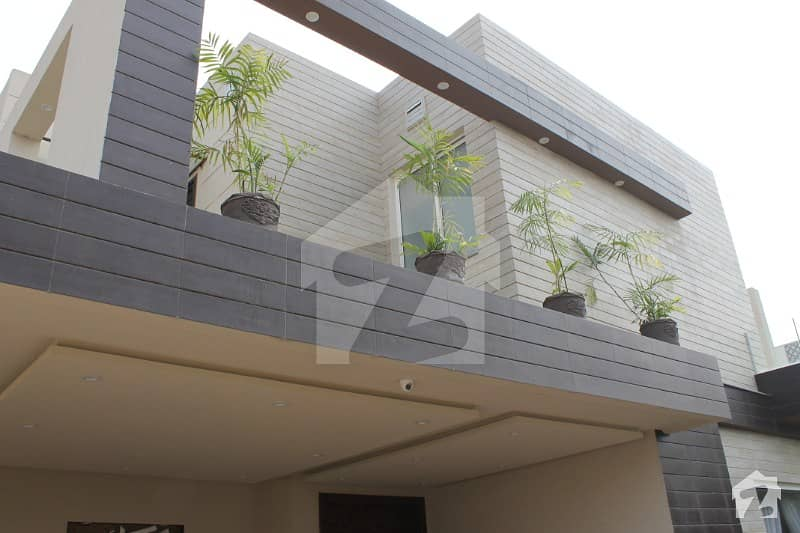 1 Kanal Brand New Modern Dream Bungalow For Sale