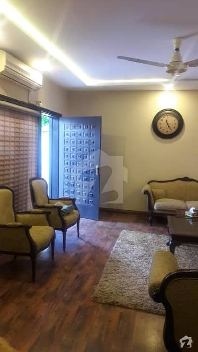 House Is Available For Sale In F-7/1 Islamabad