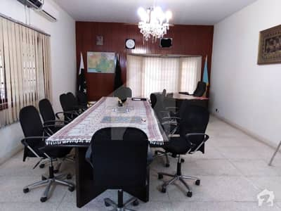 1000 Sq Yards House For Rent In Zamzama
