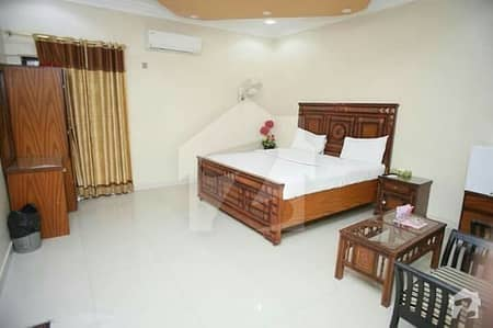 The Hotel Royal Palace - Room Is Available For Rent
