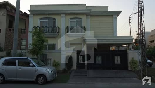 Paragon City 10 Marla New Corner Double Unit Bungalow Near Entrance