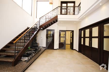 1 Kanal Hot Location Royal Palace Villa For Sale In B Block State Life Housing Society Lahore