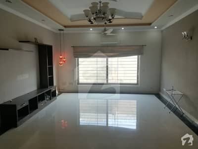 500 Sq. Yard Beautiful Ground Portion For Rent In E-11