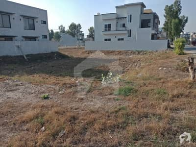 1kanal Corner Main 80ft Road Residential Plot Is Available For Sale