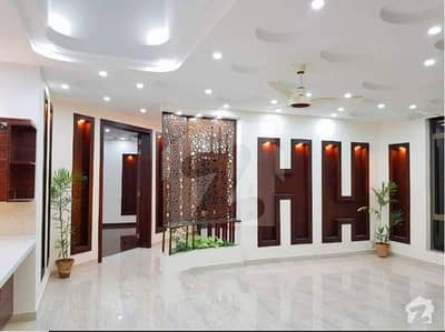 Brand New 1 Kanal Luxurious House For Sale