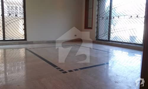Rent Estate Offer 1 Kanal Lower Portion For Rent In Dha Phase 3