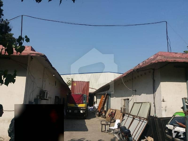 4 Kanal Single Storey Warehouse In Industrial Zone With Front 100ft Depth 220ft
