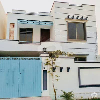 7. 25 Marla Luxurious New Double Storey House For Sale