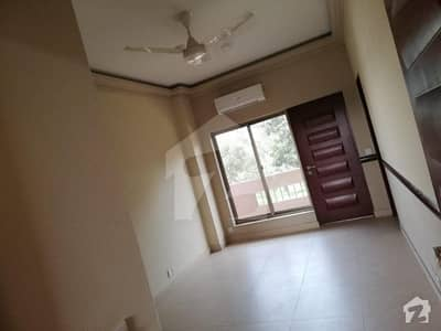 2 Bed Luxury Flat Is Available For Rent With Gas