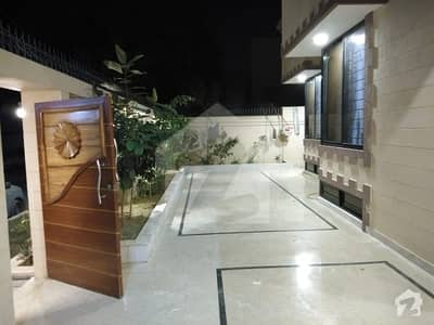 400 Square Yards House Is For Sale In Block 2