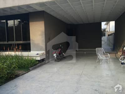 3 Kanal House For Sale In Cavalry Ground