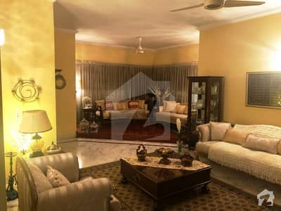 Canal View Housing Society Near Doctor Hospital 24 Marla Owner Build  Corner Bungalow Is For Sale