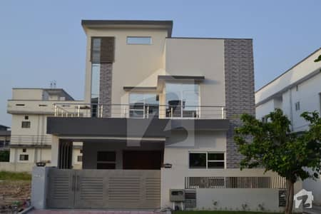12 Marla Brand New House Is Available For Sale