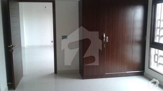 03 Bedrooms D/D Apartment For Sale
