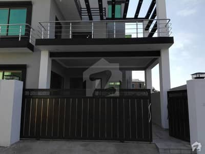 5 Beds Double Storey Brand New House On 12 Marla