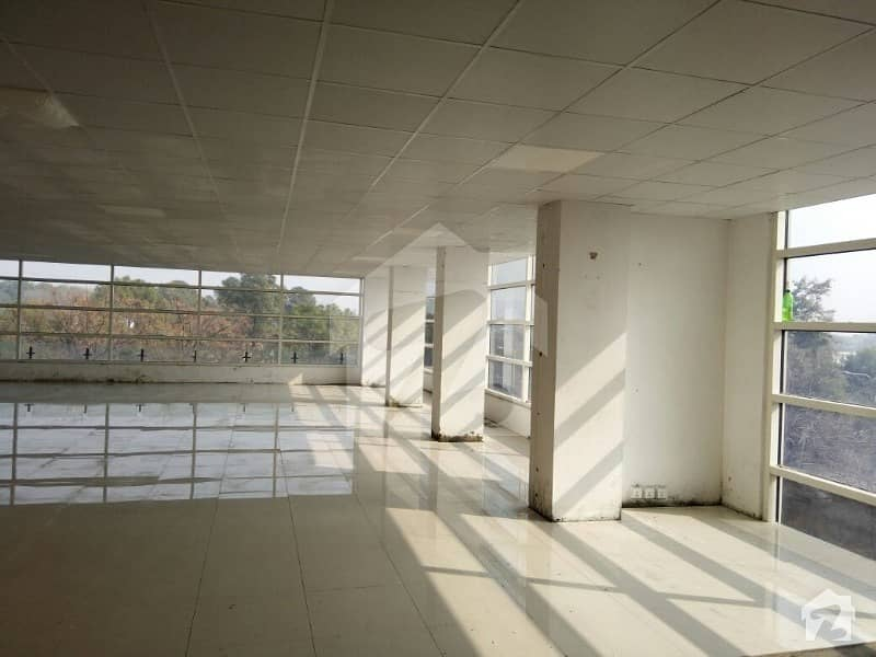Commercial Floor Is Available For Sale