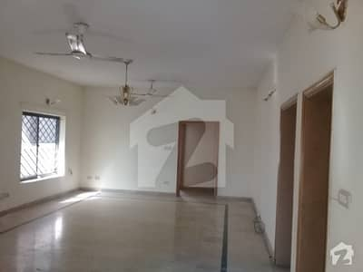 I 8 3 Neat And Clean Upper Portion Is For Rent - Very Near To Kachnar Park