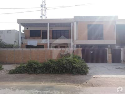 1. 25 Kanal Double Storey House For Rent