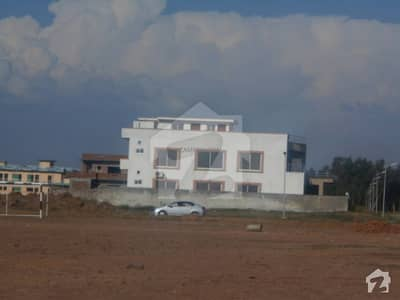 Plot At Good Location Near To Park And Mosque Your Ideal Destination For The Residence