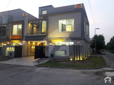 6 marla brand new luxury stylish corner house for sale in bahria town