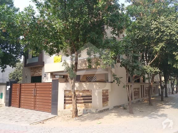 10. 5 Marla Corner New House Good Location Sector C Near Talwar Chock