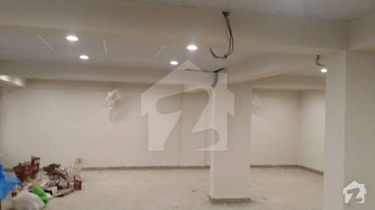 600 Sq. yards Bungalow On Rent For Commercial Use Near Naheed Super Market On Wide Road
