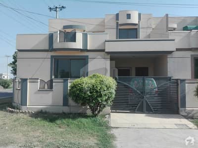 5 Marla Corner House Is Up For Sale