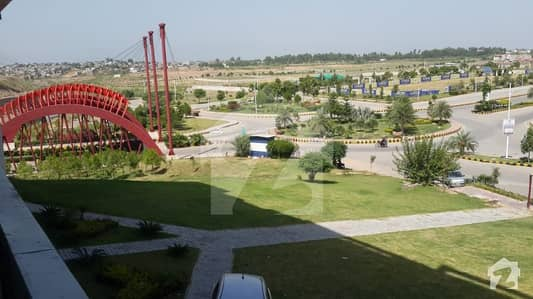 10 Marla Plot Available At Good Location In Block C