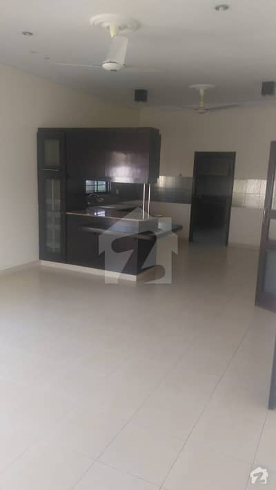 Bungalow In Dha Phase 5 For Rent
