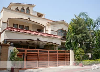 Prime Location 1 Kanal House Double Unit Furnished Or Non Furnished For Sale In Bahria Town Phase 2