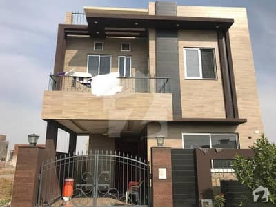 Brand New Double Unit 5 Marla House For Sale