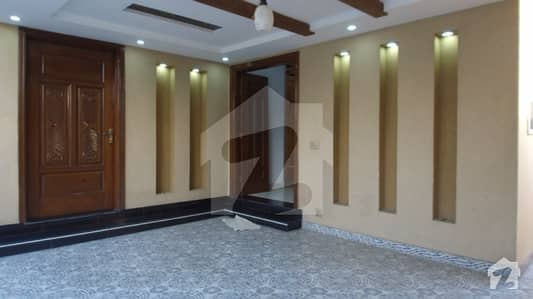8 Marla Beautiful Brand New House    For Sale