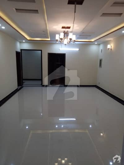 13 Marla Brand New Independent Gate Upper Portion For Rent